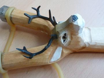 LANCE PIERRE BOIS Sculpté -Sculpture animale CERF