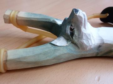 LANCE PIERRE BOIS Sculpté -Sculpture animale LOUP